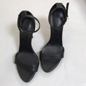 Zara strappy heels ankle strap shoes black size 37